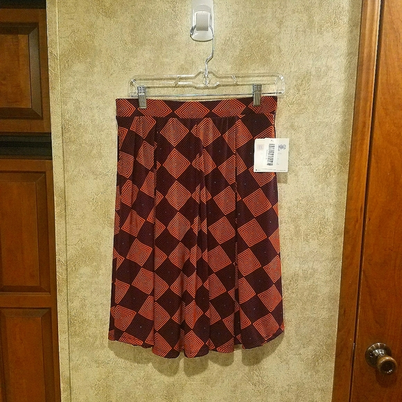 Lularoe Madison Diamond Pattern Skirt